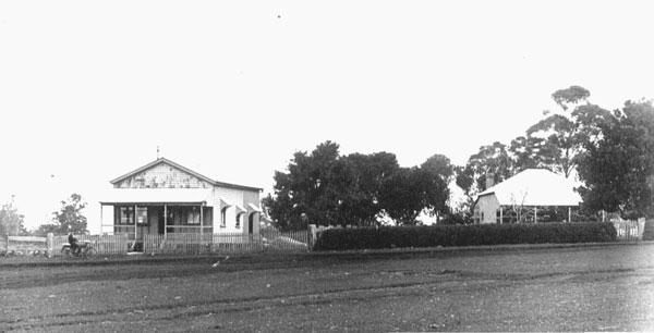 1_edward-smiths-home-1918-montville