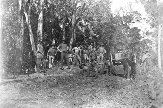 Roadmaking Montville c.1910. Includes Owen Callaghan, Bill Vining, Mr.Ruddy, front, lefthand on hip