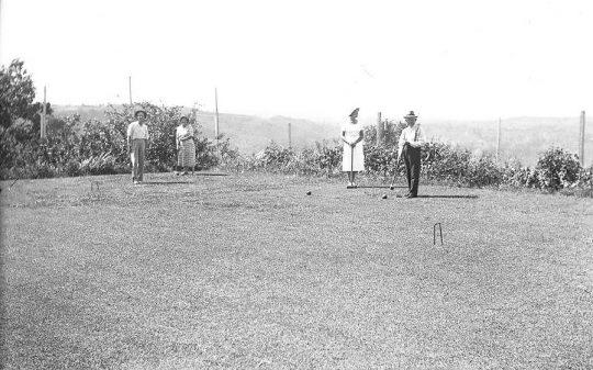 Croquet at Manjalda