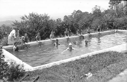 Manjalda Pool