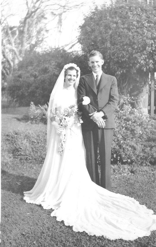 Dawn and Tony Barnett Wedding Photo