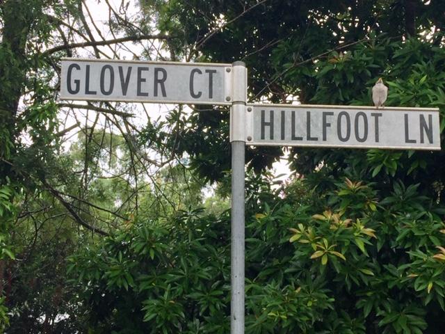 Glover Court Sign